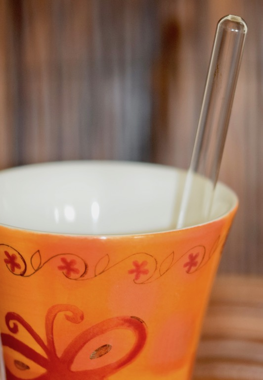 Tipps & Infos: Urlaubsküche aus der Mikrowelle - 14 Tipps für das Kochen mit der Mikrowelle: Tasse und Glasstab