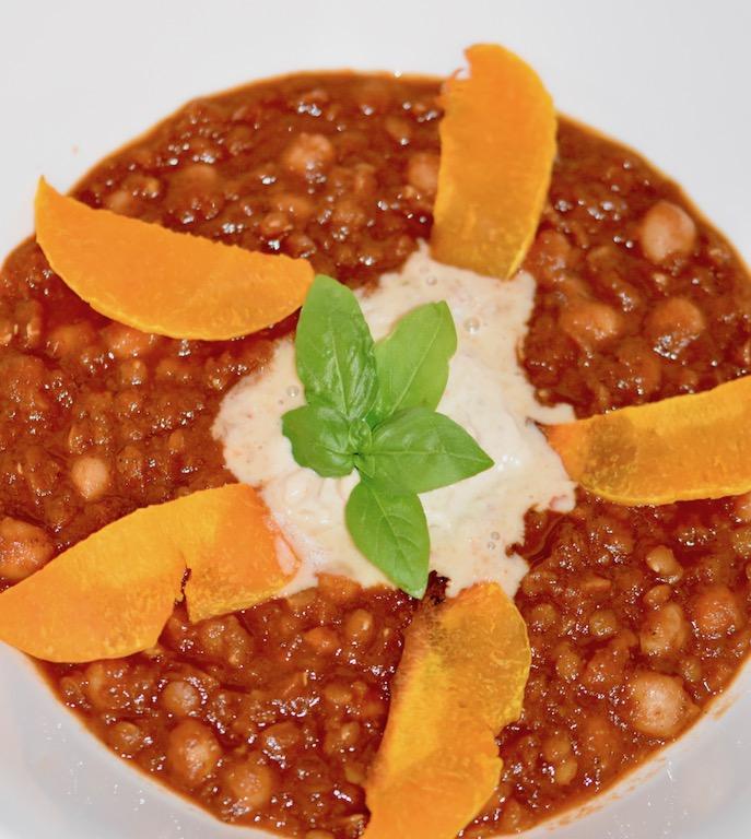 orientalischer Kichererbsen-Linsen-Eintopf mit Kürbis - Kürbis - orientalisch - Kichererbsen - rote Linsen - Eintopf - gesund - curry - dal - rezept - vegan - einafch