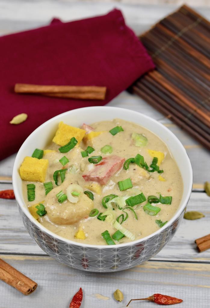 Massaman-Curry - vegan - Rezept - thailändische Küche - thailändisch - glutenfrei - einfach - Shan Tofu - selber machen - mit frischer Currypaste - Curry -thailändisches Curry - Thai Curry - mittelscharf - CleanEating