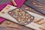 Schokoladentafeln selber machen - Rezept - Zimt und Chili - Schokolade - selber gestalten - vegan - glutenfrei - Geschenke - Dekoration - einfach - DIY - Schokoladentafeln