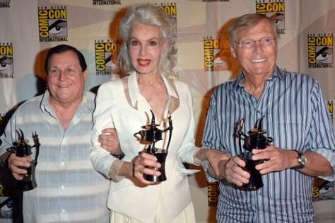 Fotografía de Burt Ward, Julie Newmar y Adam West