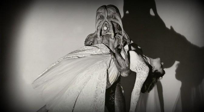 Me casé con un monstruo del espacio exterior (1958), extraterrestres buscando pillar cacho