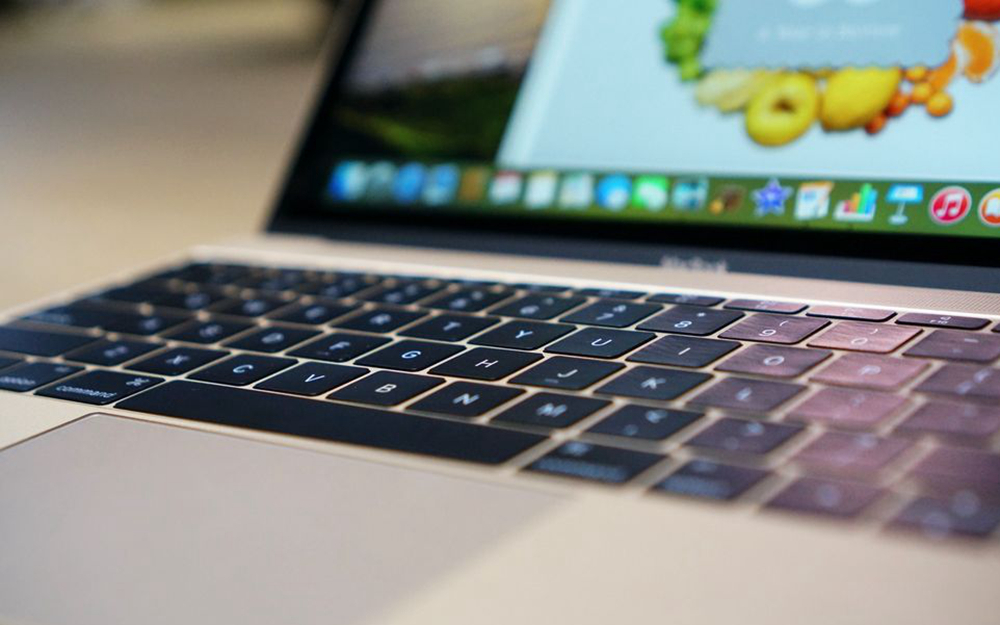 12-MacBook-Keyboard-Details-the-Verge