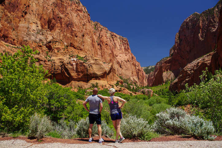 Couple preparing to take in the beauty of a Kolob Canyon Hike