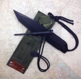 Flint Knife in Sheath $25