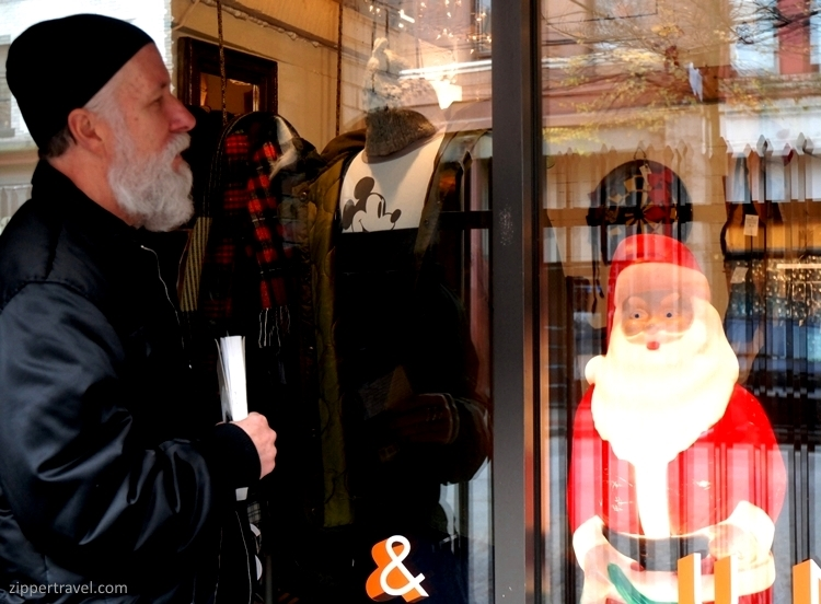 steven-saden-with-santa-gastown-shop-window-vancouver-bc
