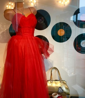 red dress mystery shop port angeles washington