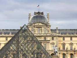 The Louvre Continues to be a Top Destination as French Workers Strike
