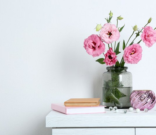 When Life Gives You Flowers: Researchers Weigh in on Flowers and Health