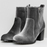 Grey velvet boots - ASOS