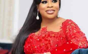 Sinach YouTube Gold plaque
