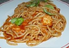 spaghetti pomodoro e provola
