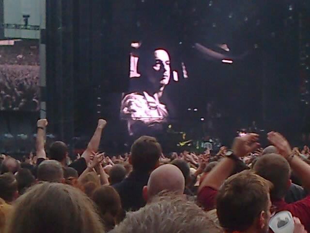 Depeche Mode, štěstí