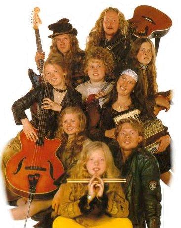 The Kelly Family (famozni Pilov poster)