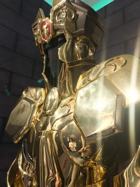 遇到雙子座撒卡,我都要尖叫了,第一次看到實體化的真實聖衣也!
