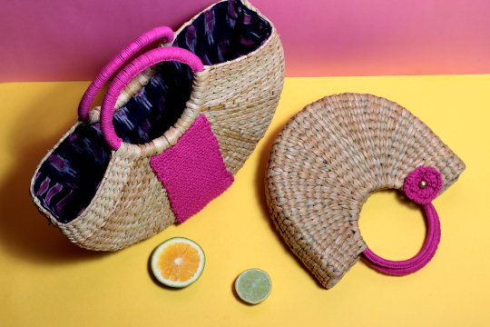 women straw handbag medium size