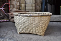 Thumok/Laii - A square bambo basket for storage
