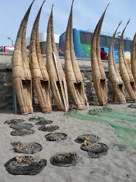 caballitos de totora (little reed horses)