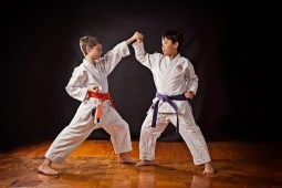 Može li karate uticati na razvoj zdravog samopoštovanja kod dece i omladine?