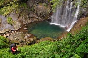 vodopád v horách Taiwan