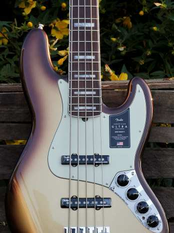 Fender American Ultra Jazz Bass V – Mocha Burst
