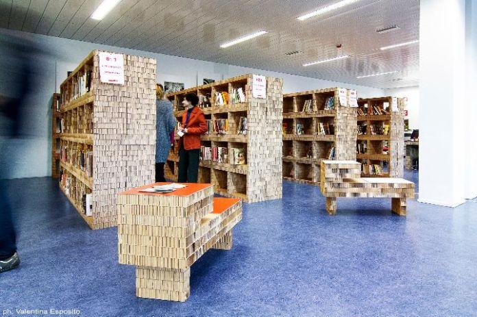 biblioteka-z-tektury-1
