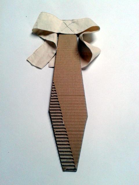 krawat-z-tektury-2