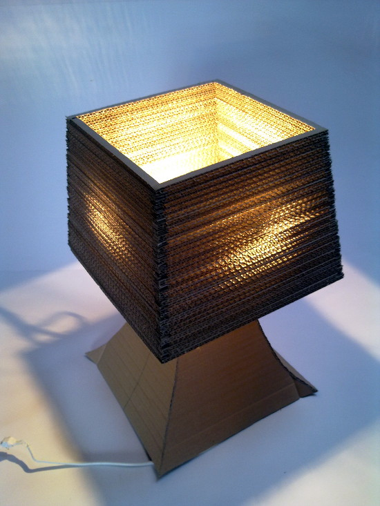lampa-biurko-5 - z tektury, z kartonu