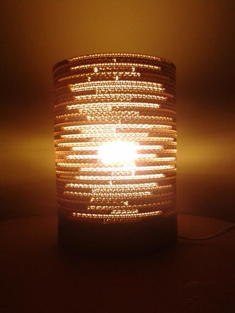 Lampa z kartonu okragla - 2