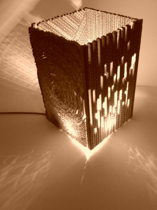 lampa-z-tektury-w-4-czesciach-pionowe-5