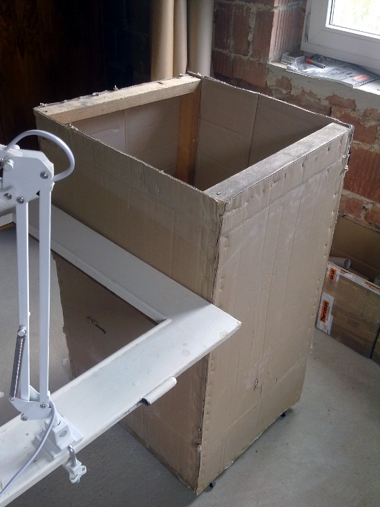 nowy-warsztat-z-kartonu-8