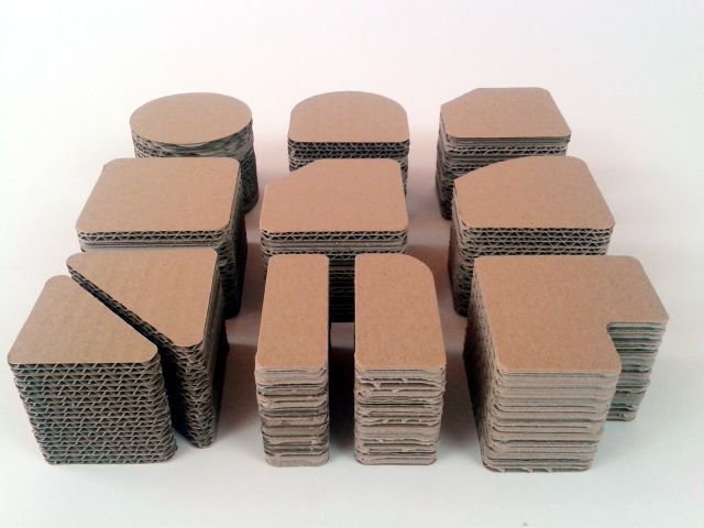 postumenty kartonowe pod produkty - 1