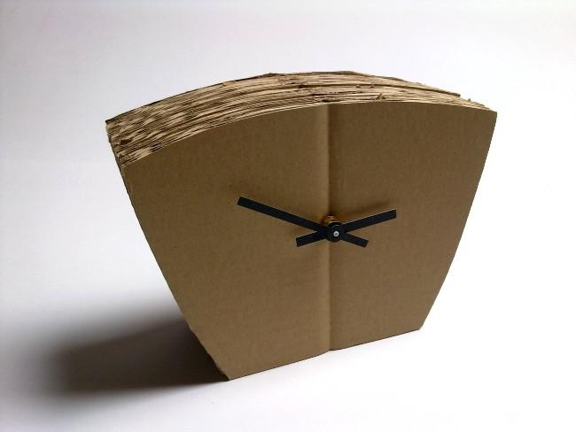 tekturowy-zegar-cardboard-clock-3-1