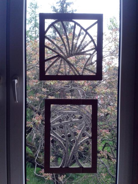 Ozdoby z kartonu na okna - 1