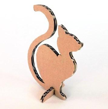 kot-z-karotnu-cardboard-cat-6