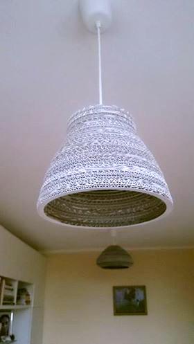 lampa-biala-z-kartonu-10