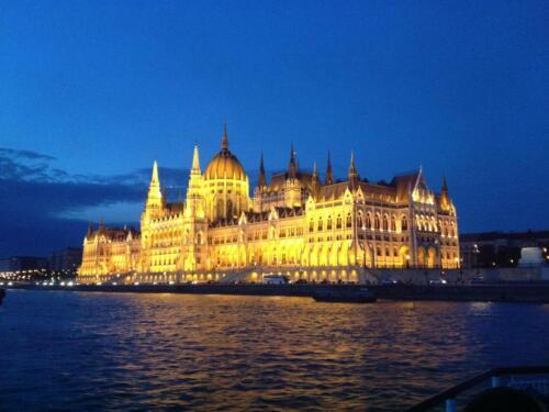 parlament 4
