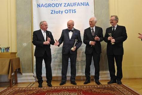 Laureaci Honorowej Nagrody Zaufania Złoty Otis 2018 w dziedzinie medycyny: prof. Krzysztof Bielecki, prof. Marek Krawczyk, prof. Wojciech Noszczyk, prof. Jarosław Reguła