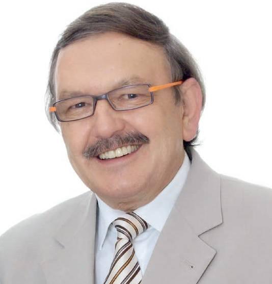 prof. Romuald Olszański