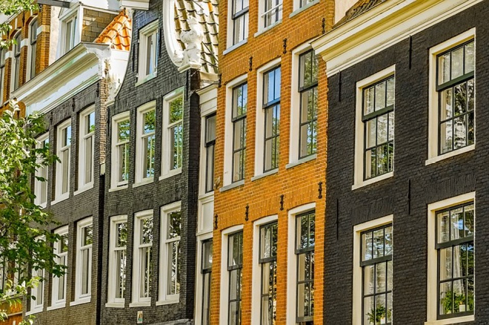 בתים באמסטרדם