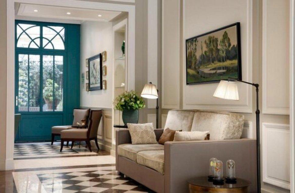 סרוטל לוטס בפריז. מלון עם מגע קלאסי