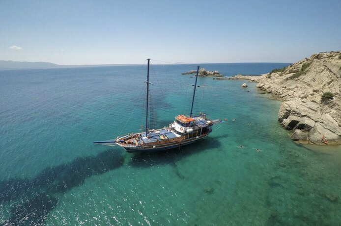שייט מהאי קוס יוון