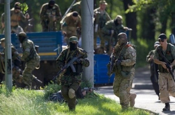 В районе Бахмутки 112 бойцов сил АТО попали в окружение ...