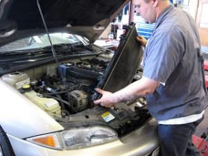 Źródło: http://www.jcsmuffler.com/auto-repair/auto-radiators/