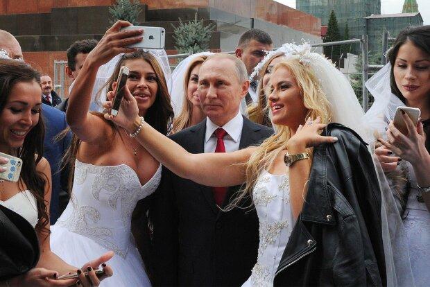 Стареющий двойник Путина жестко облажался перед выпускницами, все пошло не по плану: видео