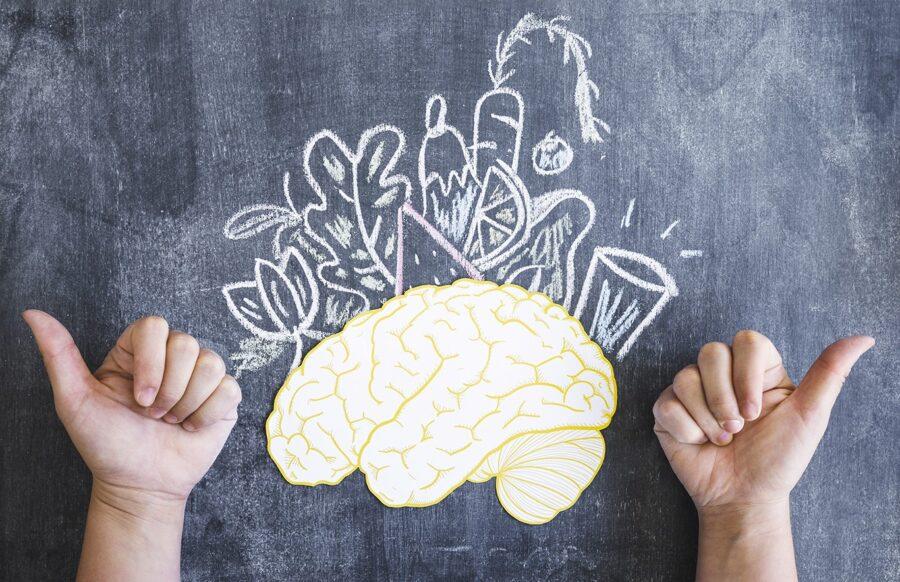 12 витаминов и минералов для мозга: какие продукты улучшают работу мозга и памяти