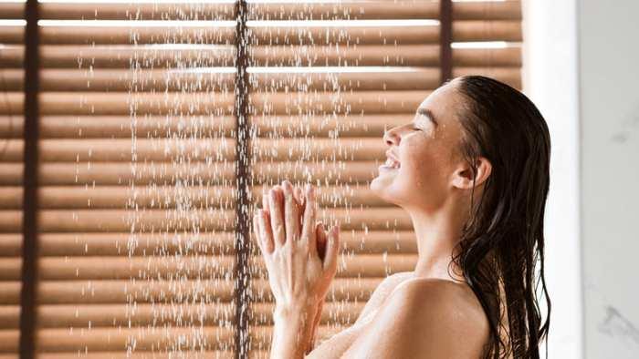 Контрастный душ Улучшает настроение и заряжает энергией