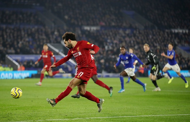 Leicester 0-4 Liverpool: Khong the can 'The Kop' hinh anh 12 2019_12_26T201629Z_1803898527_RC283E981CFW_RTRMADP_3_SOCCER_ENGLAND_LEI_LIV_REPORT.JPG