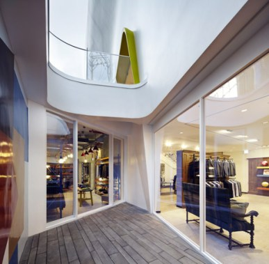 Paul-Smith-store-by-the-System-Lab_dezeen_468_7