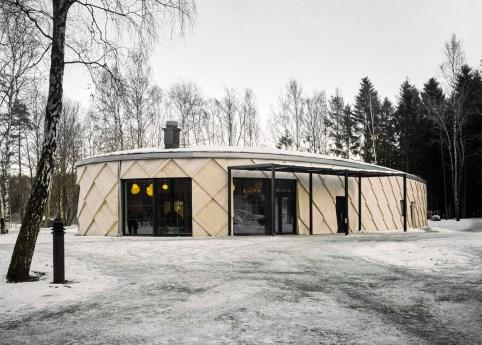 kotten-tengbom-trail-centre-sweden-wood-_dezeen_1568_6